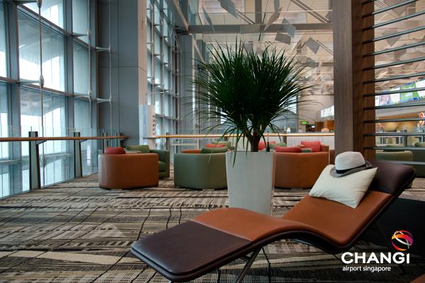 Cadeiras para dorir no aeroporto