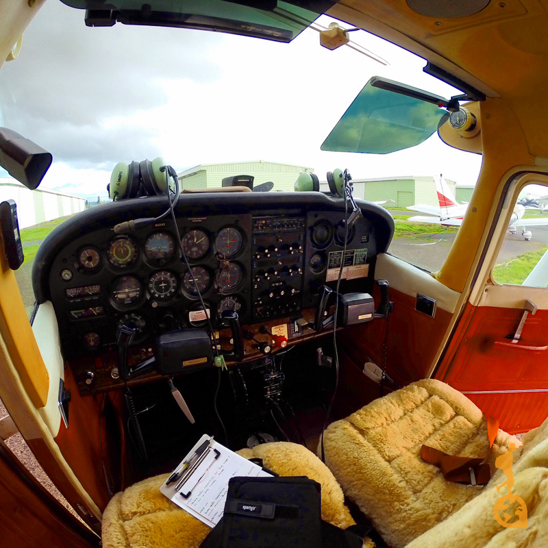 the interior of a cessna 172
